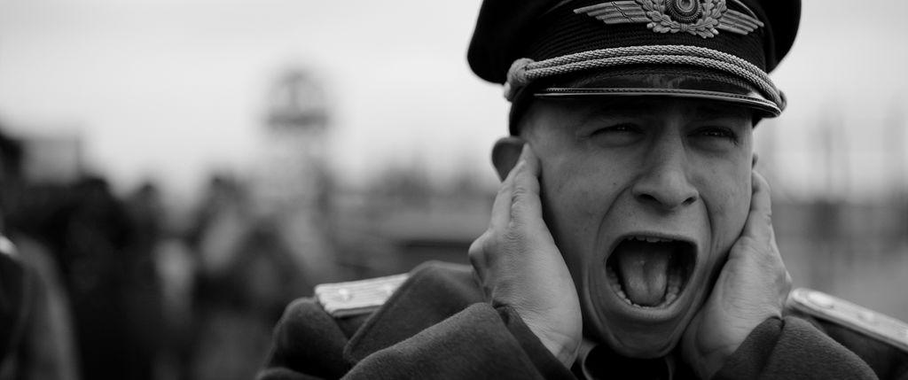 (c) Der Hauptmann
